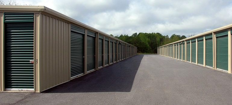 storage units as one of the moving services DC movers offer