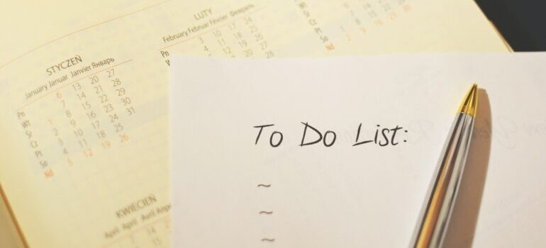 To do list on paper and beside the calendar