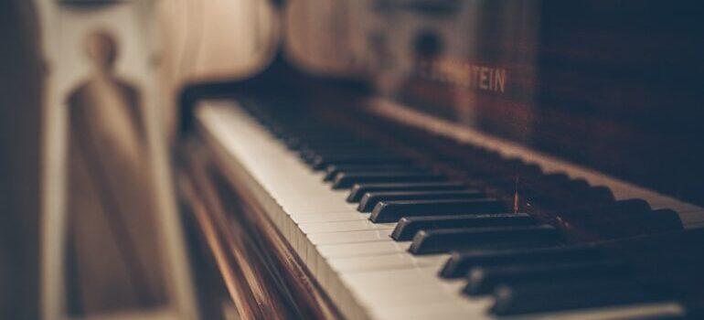 A big piano