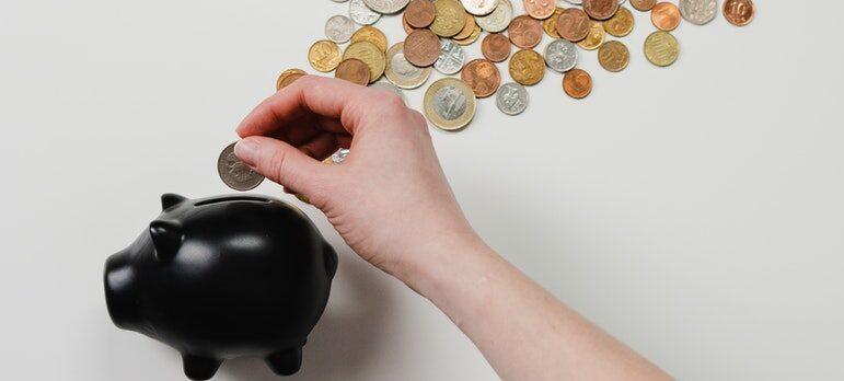 Piggy bank and change