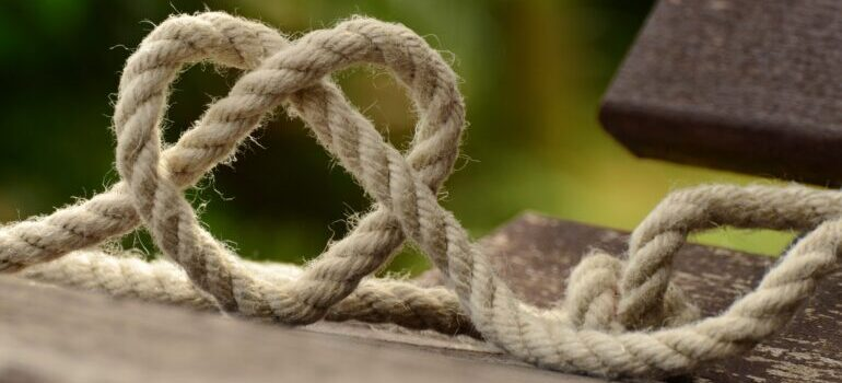 A thick rope on a desk