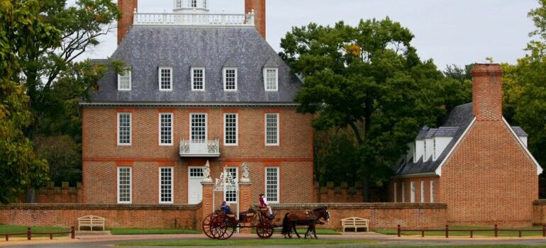 visit colonial williamsburg after moving to va